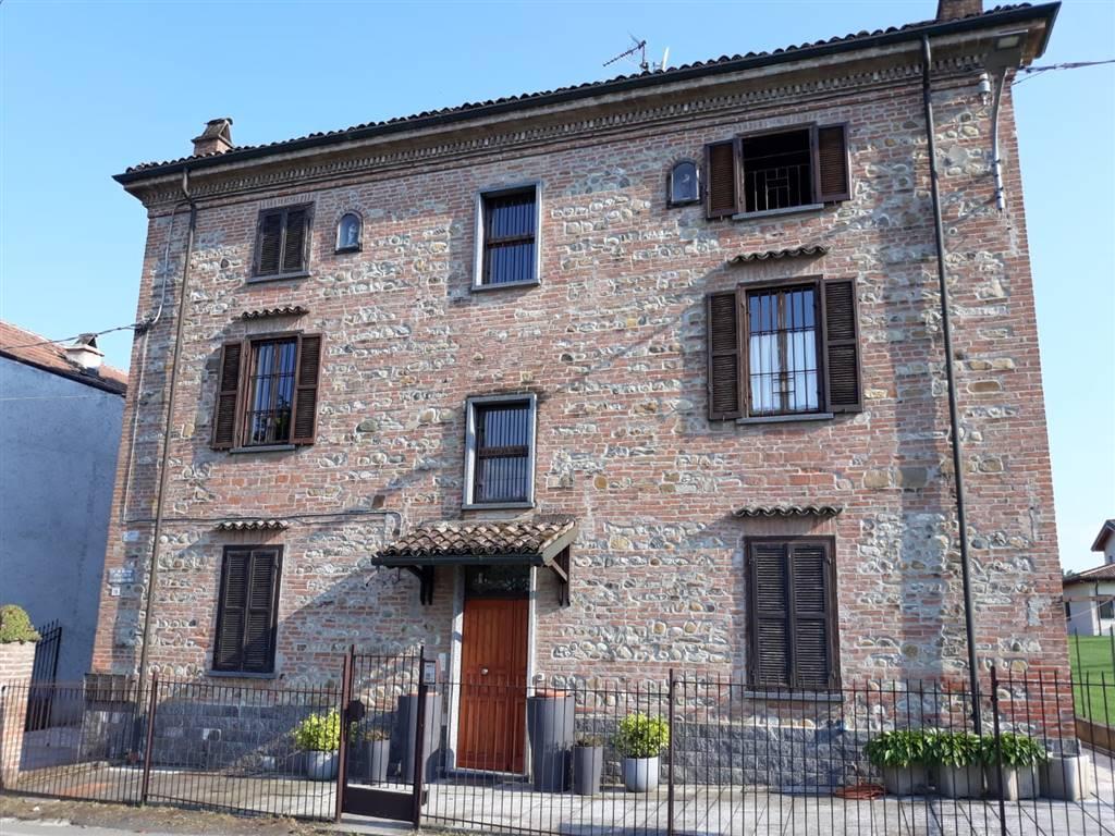 Soluzione Indipendente in vendita a Sarezzano, 12 locali, prezzo € 300.000 | PortaleAgenzieImmobiliari.it