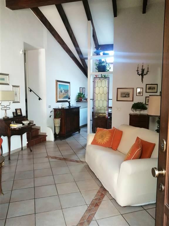 Appartamento in vendita a Arquata Scrivia, 4 locali, prezzo € 150.000 | PortaleAgenzieImmobiliari.it