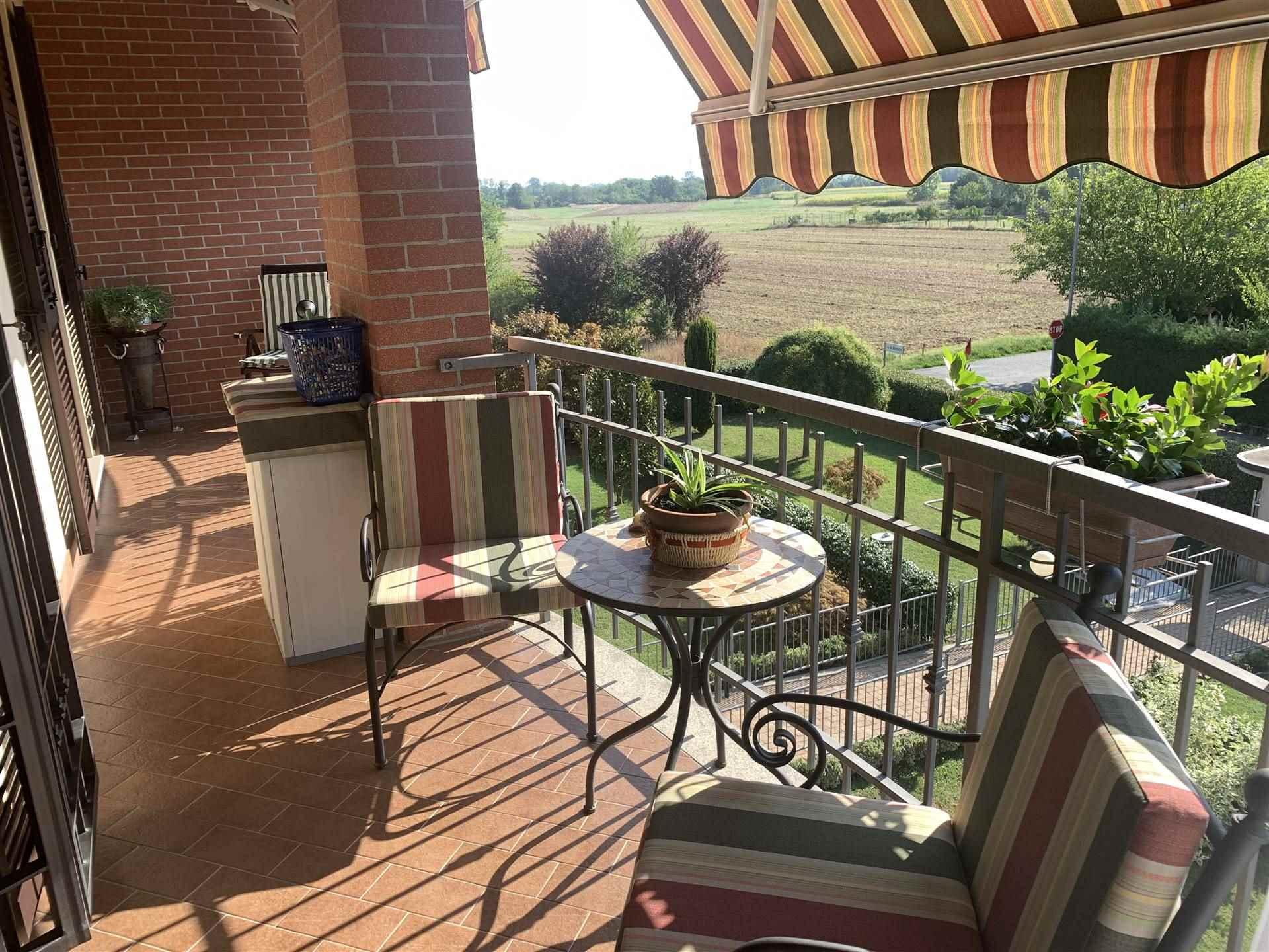 Appartamento in vendita a Basaluzzo, 6 locali, prezzo € 200.000 | CambioCasa.it