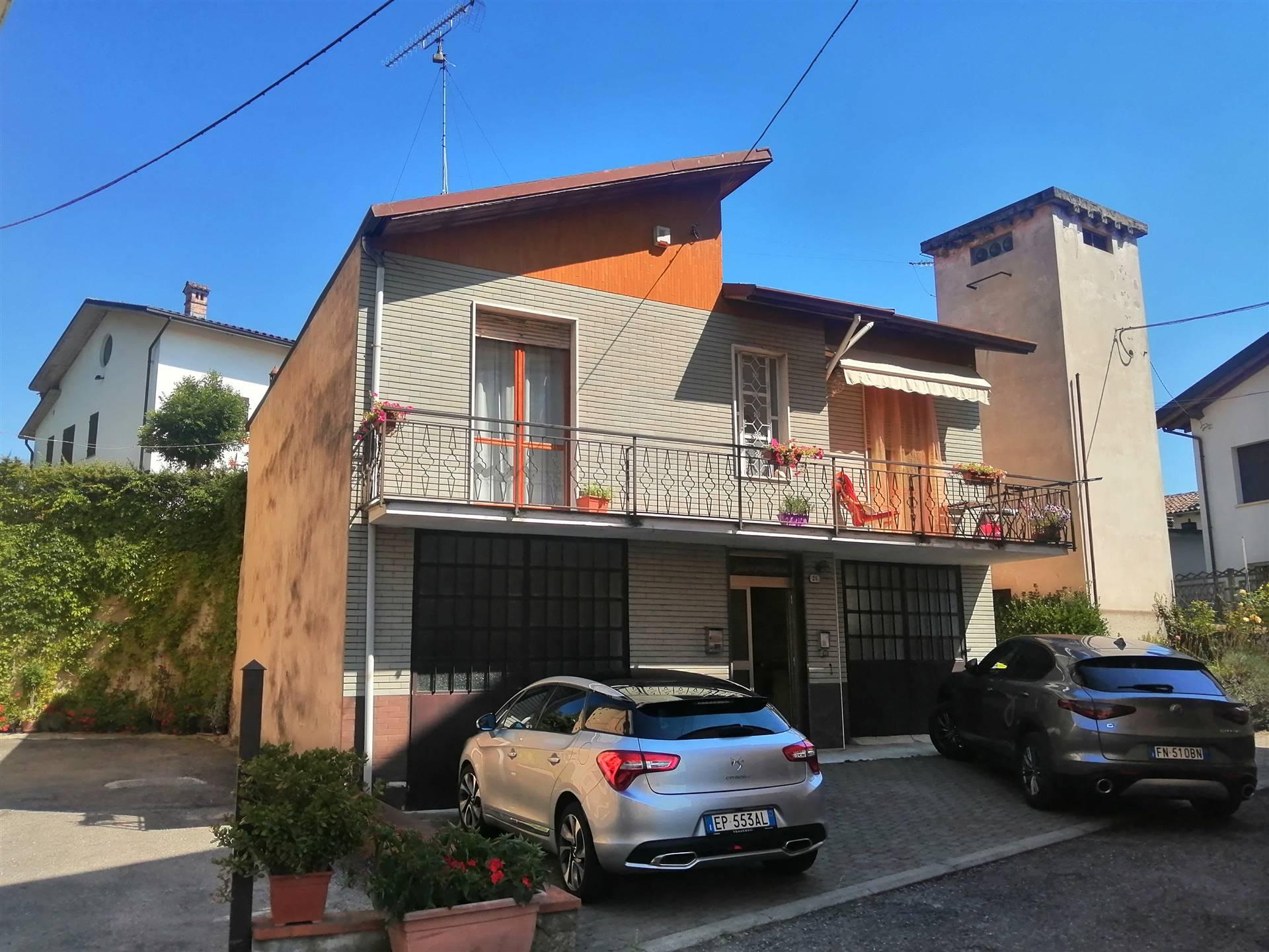 Villa in vendita a Cassano Spinola, 5 locali, prezzo € 149.000 | CambioCasa.it