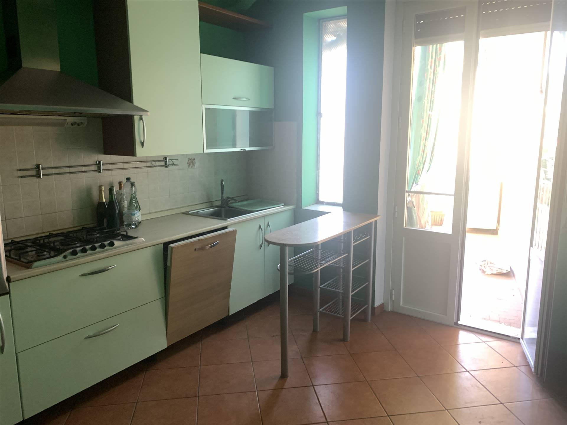 Appartamento in vendita a Novi Ligure, 5 locali, prezzo € 120.000 | PortaleAgenzieImmobiliari.it