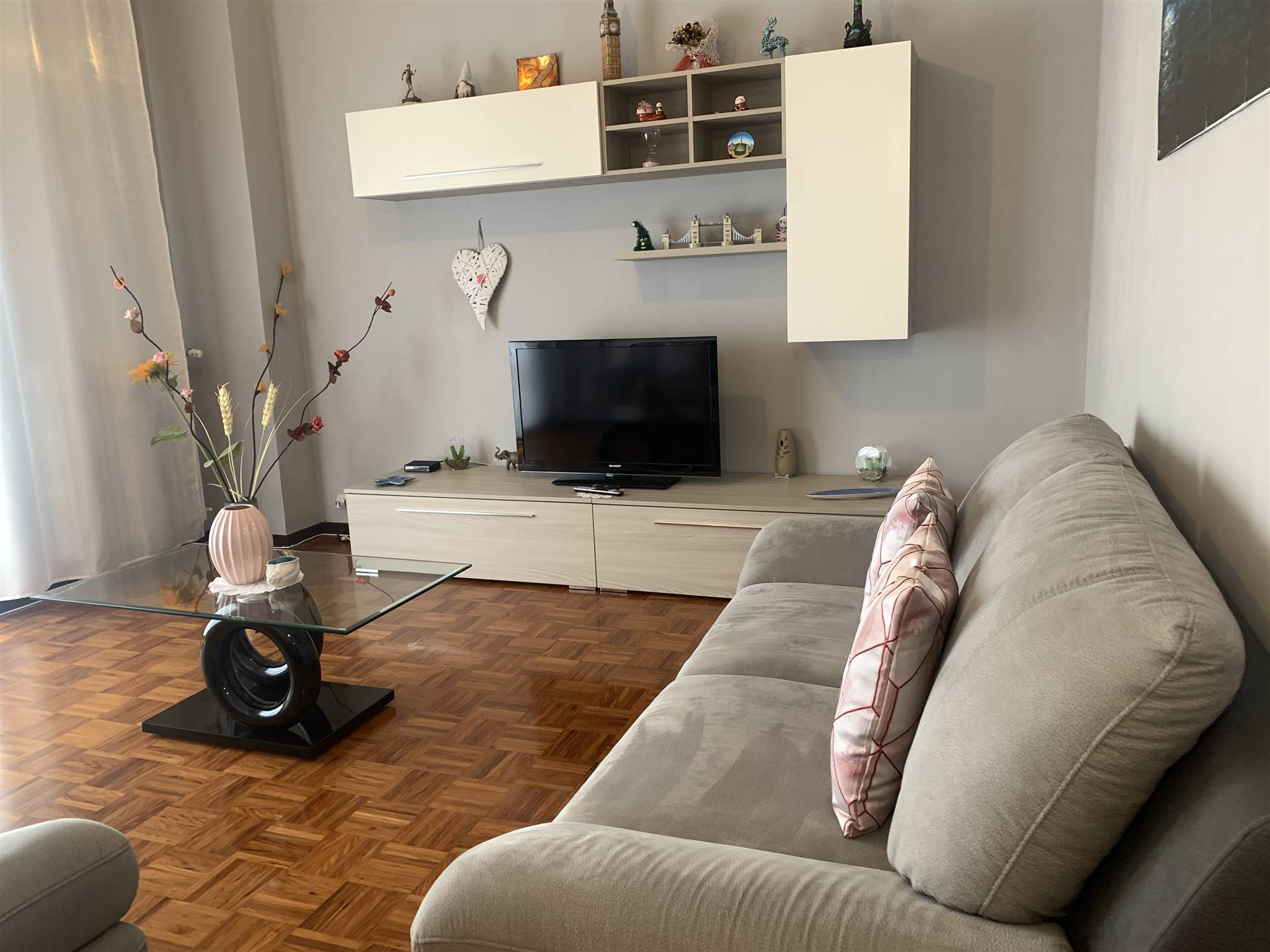 Appartamento in vendita a Novi Ligure, 5 locali, zona Località: VIA VERDI, CASERME, prezzo € 73.000 | PortaleAgenzieImmobiliari.it