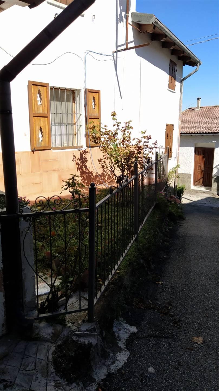 Soluzione Semindipendente in vendita a Avolasca, 4 locali, prezzo € 49.000 | CambioCasa.it