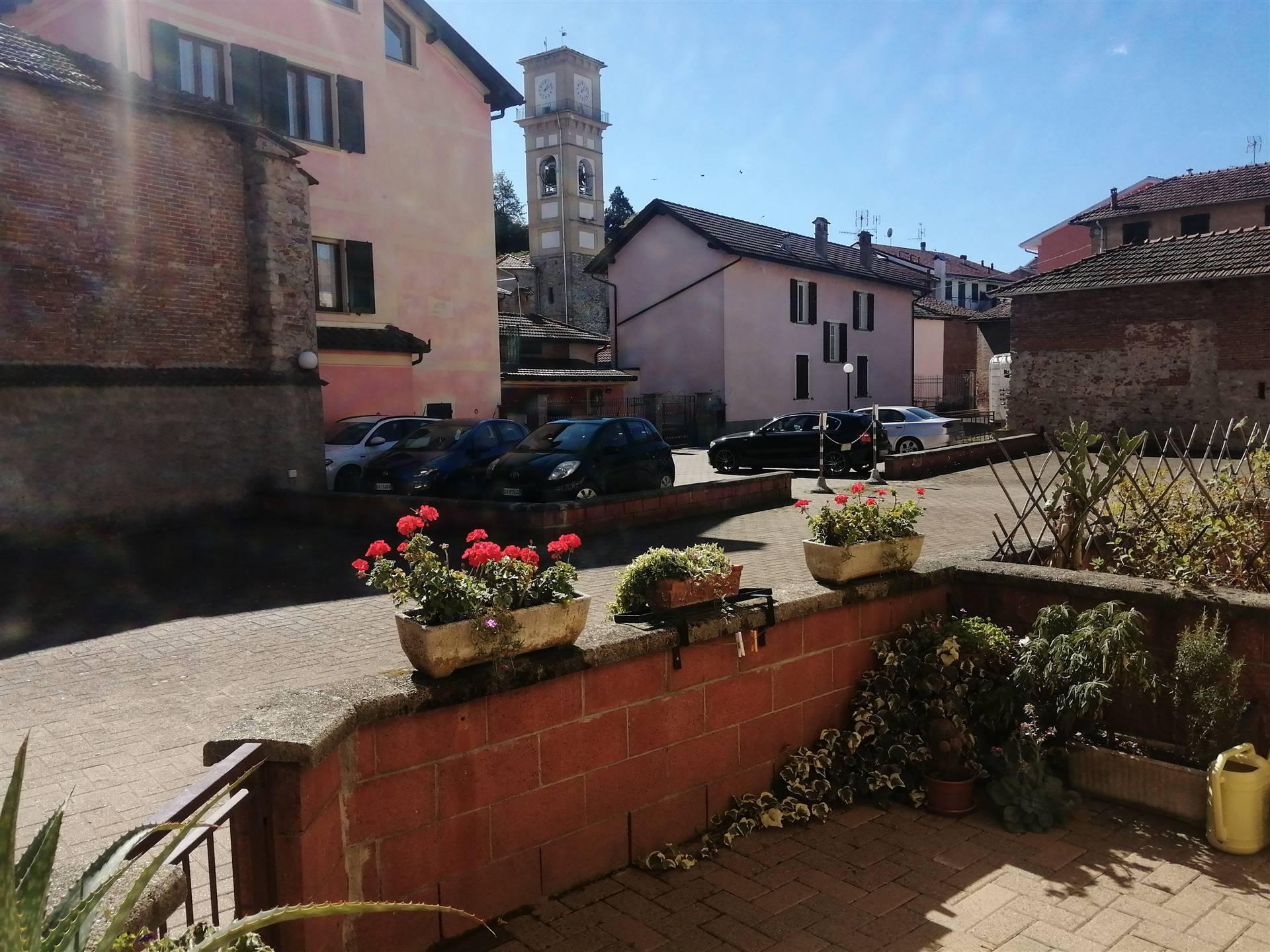Appartamento in vendita a Stazzano, 4 locali, prezzo € 105.000 | CambioCasa.it