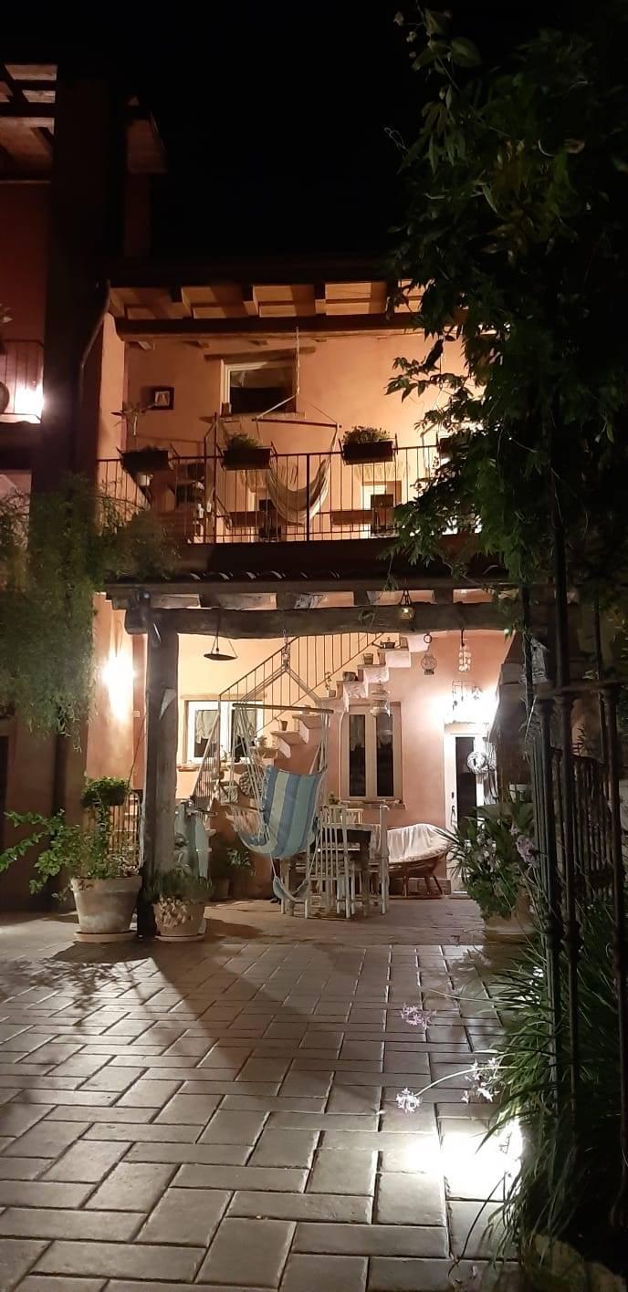 Appartamento in vendita a Viguzzolo, 8 locali, prezzo € 238.000 | PortaleAgenzieImmobiliari.it