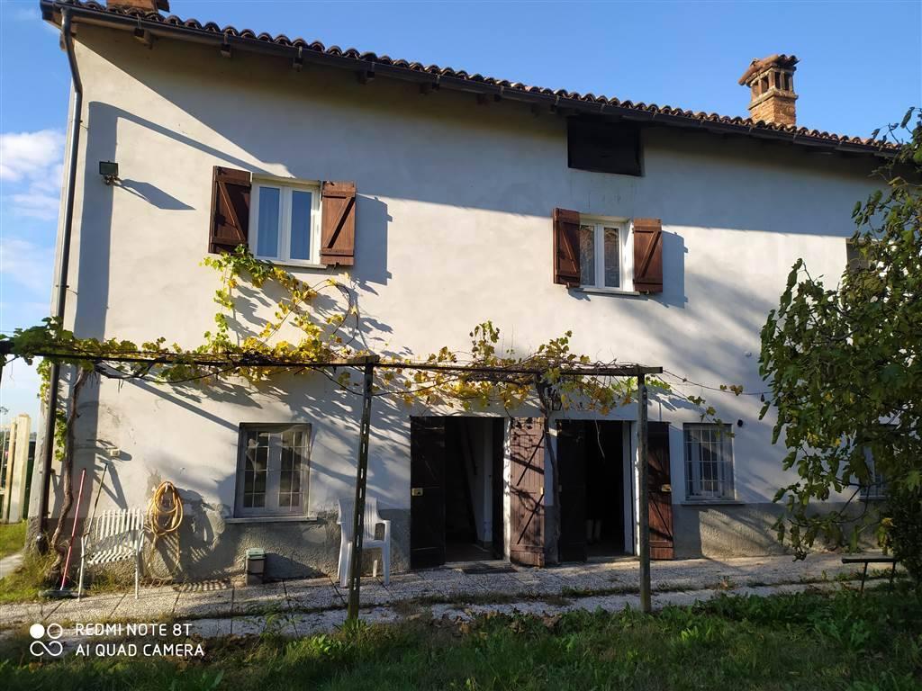 Soluzione Indipendente in vendita a Novi Ligure, 6 locali, prezzo € 99.000 | PortaleAgenzieImmobiliari.it
