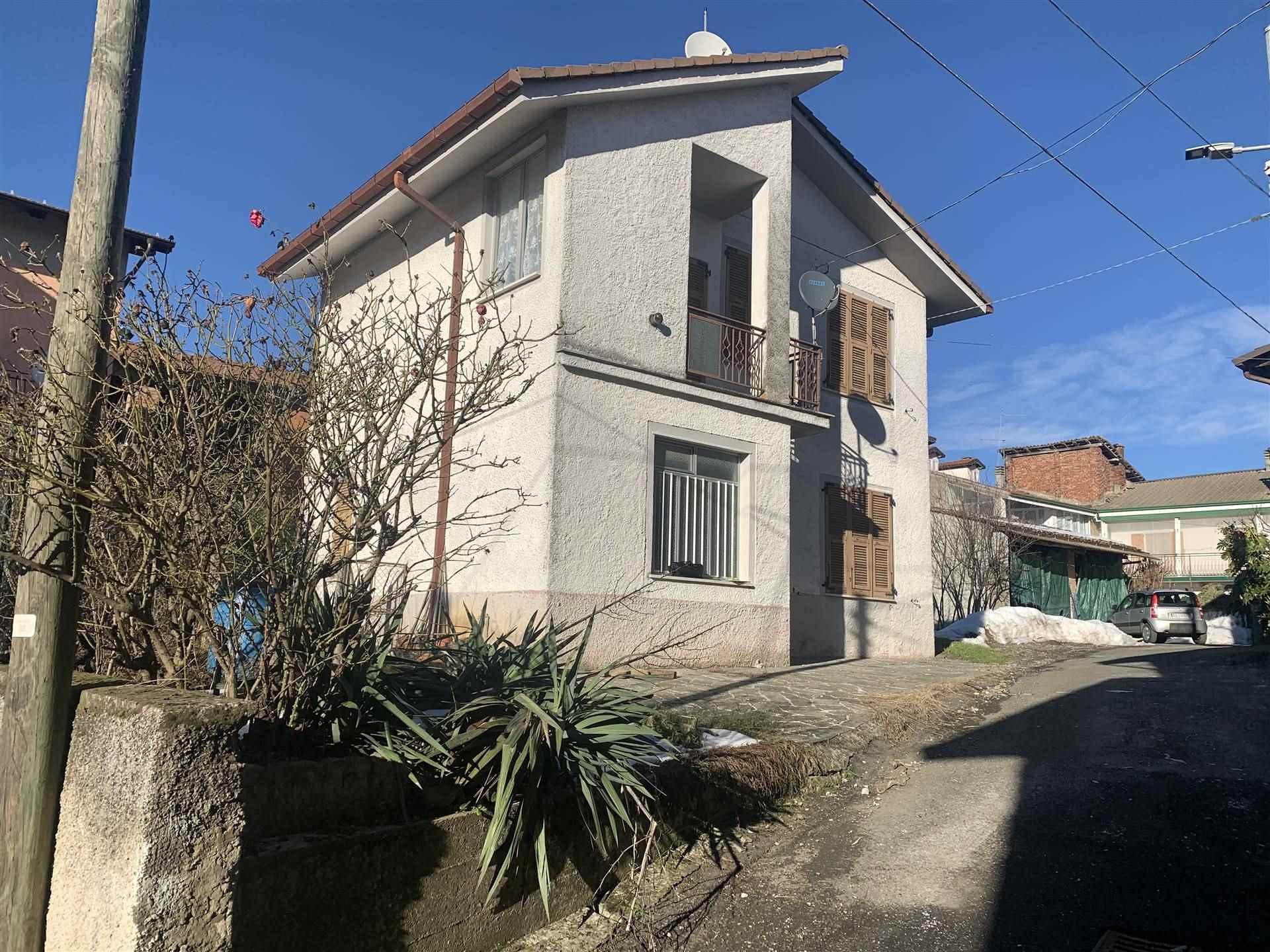 Villa in vendita a Sant'Agata Fossili, 4 locali, prezzo € 78.000 | CambioCasa.it