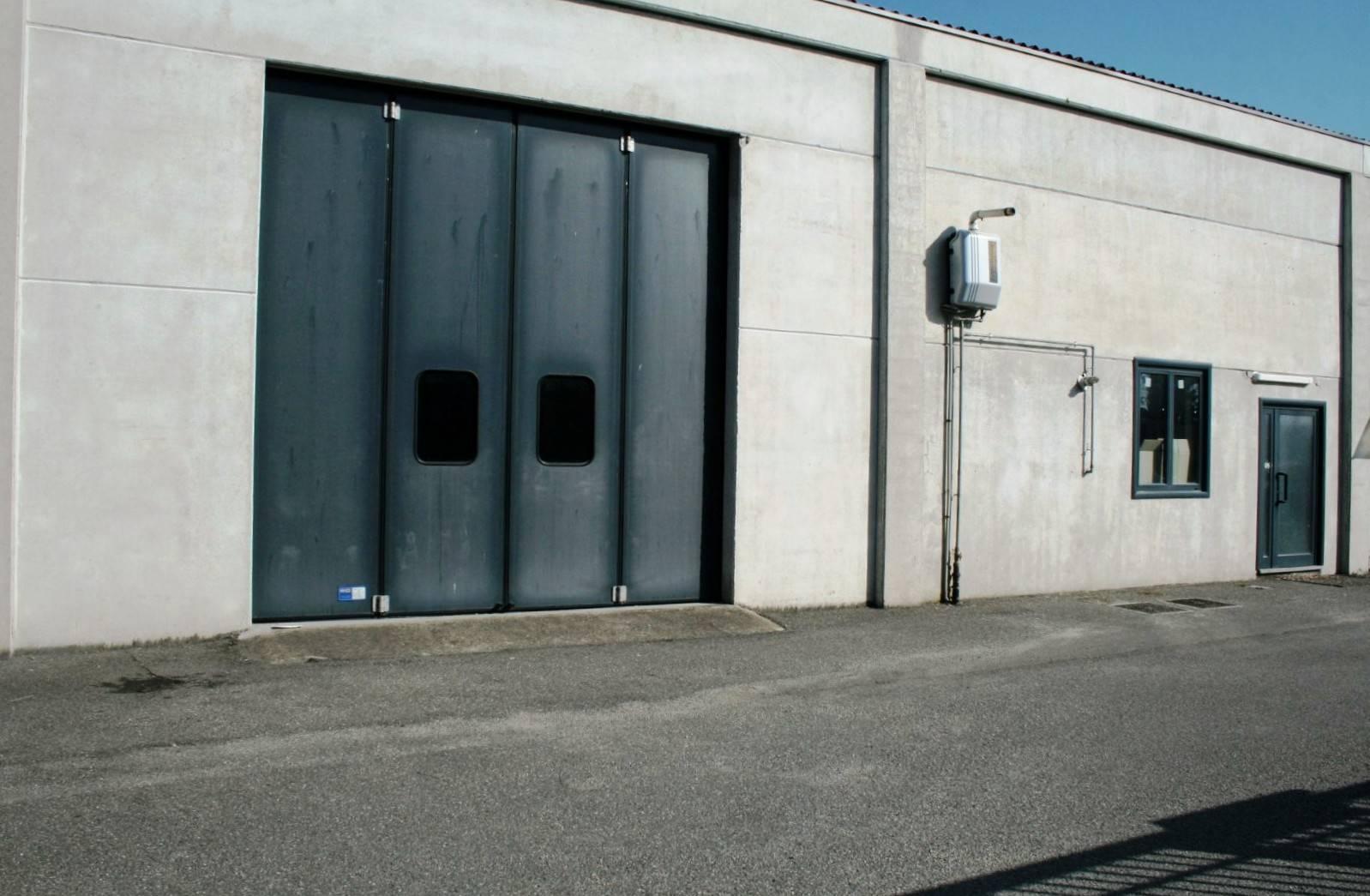 Capannone in affitto a Tortona, 9999 locali, prezzo € 800 | CambioCasa.it