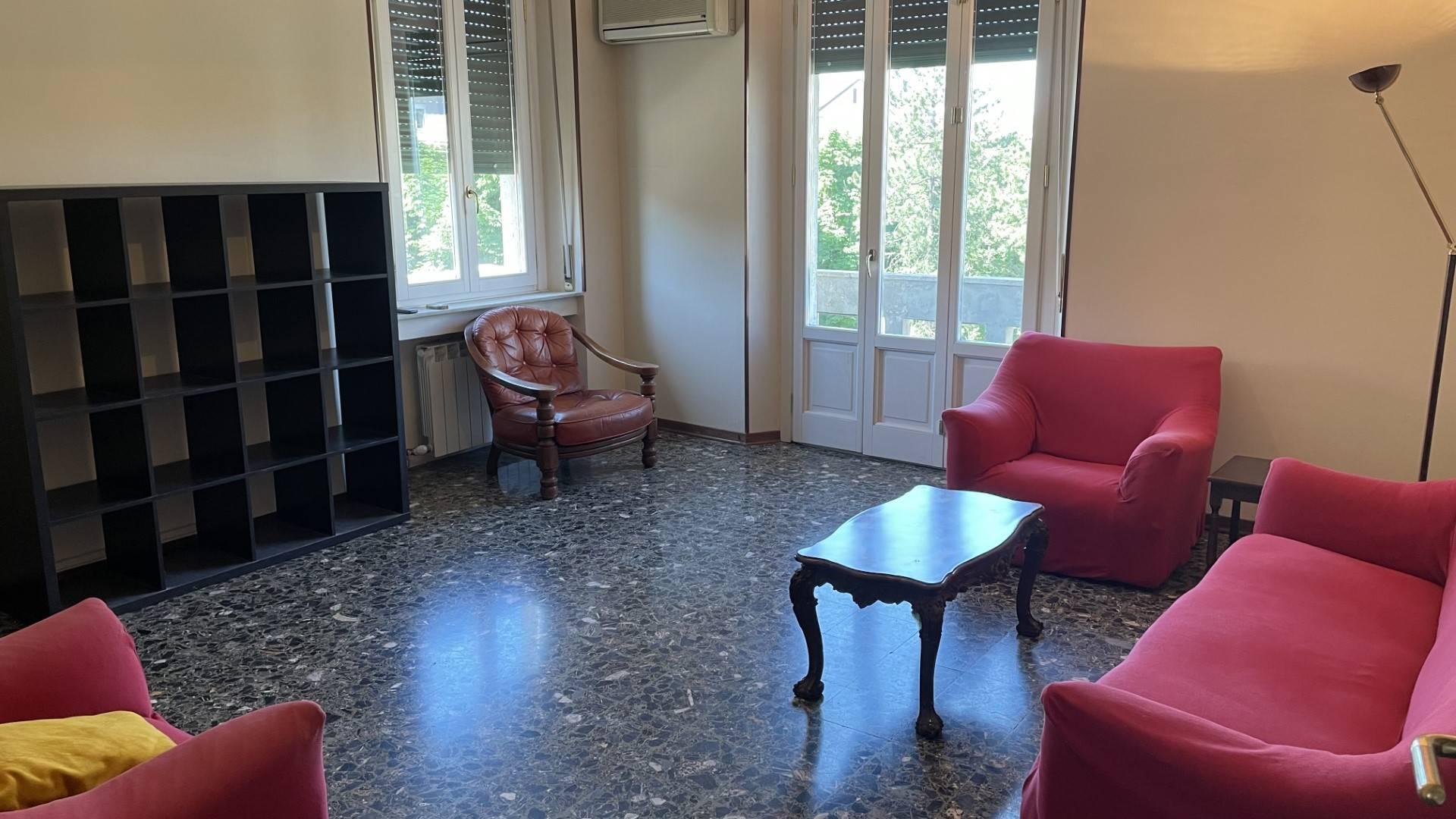 Appartamento in affitto a Tortona, 6 locali, prezzo € 500 | PortaleAgenzieImmobiliari.it