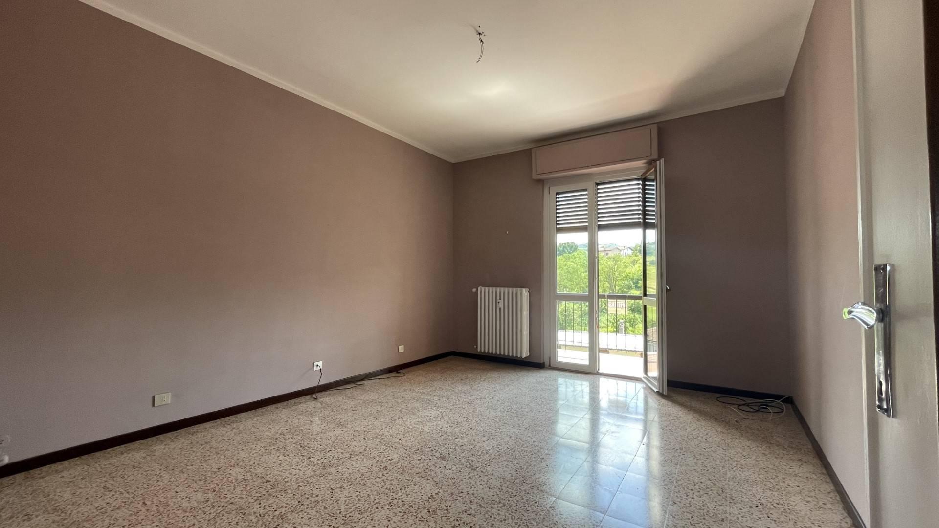 Appartamento in affitto a Volpedo, 4 locali, prezzo € 300 | CambioCasa.it