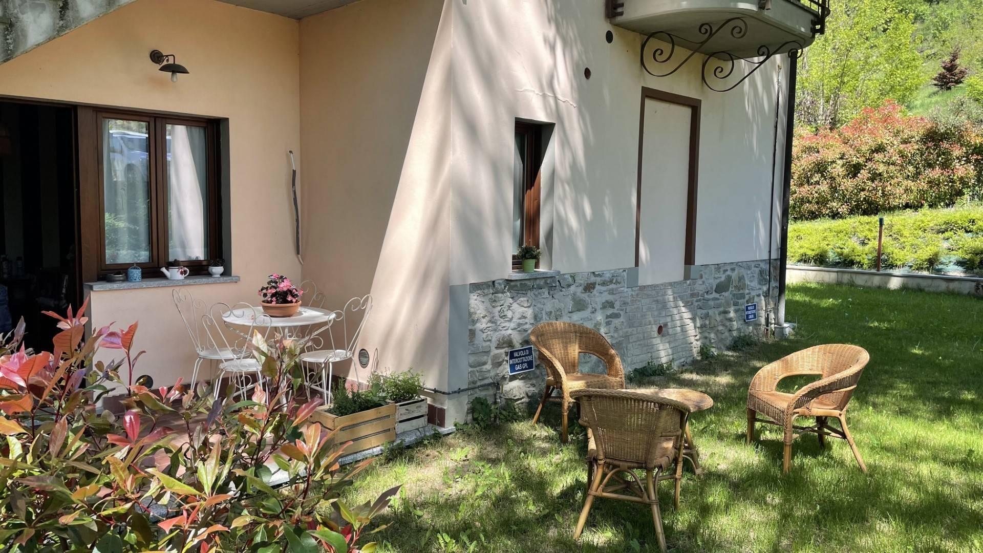 Appartamento in vendita a San Sebastiano Curone, 3 locali, prezzo € 100.000   CambioCasa.it
