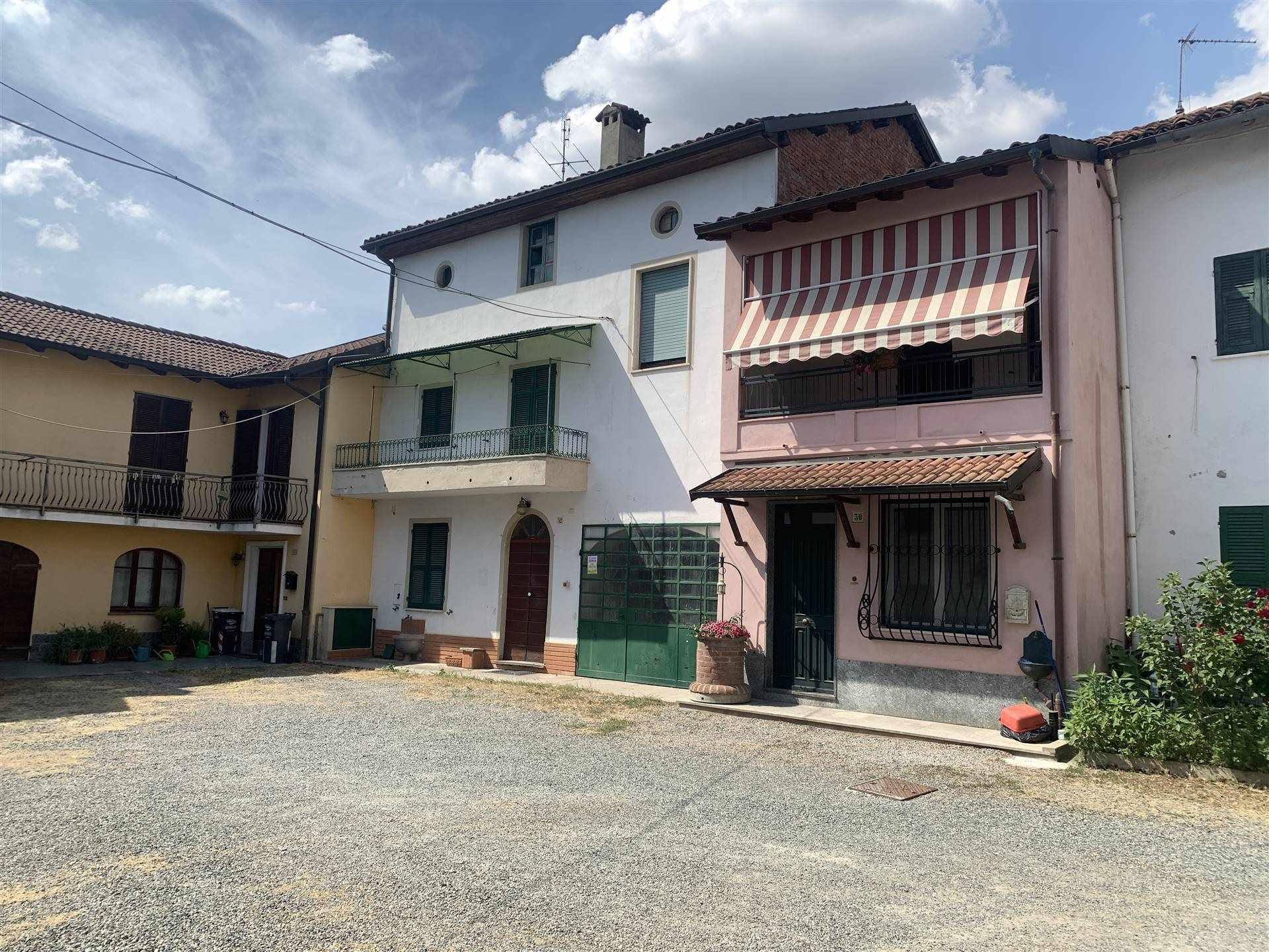 Soluzione Semindipendente in vendita a Pasturana, 7 locali, prezzo € 49.000   CambioCasa.it