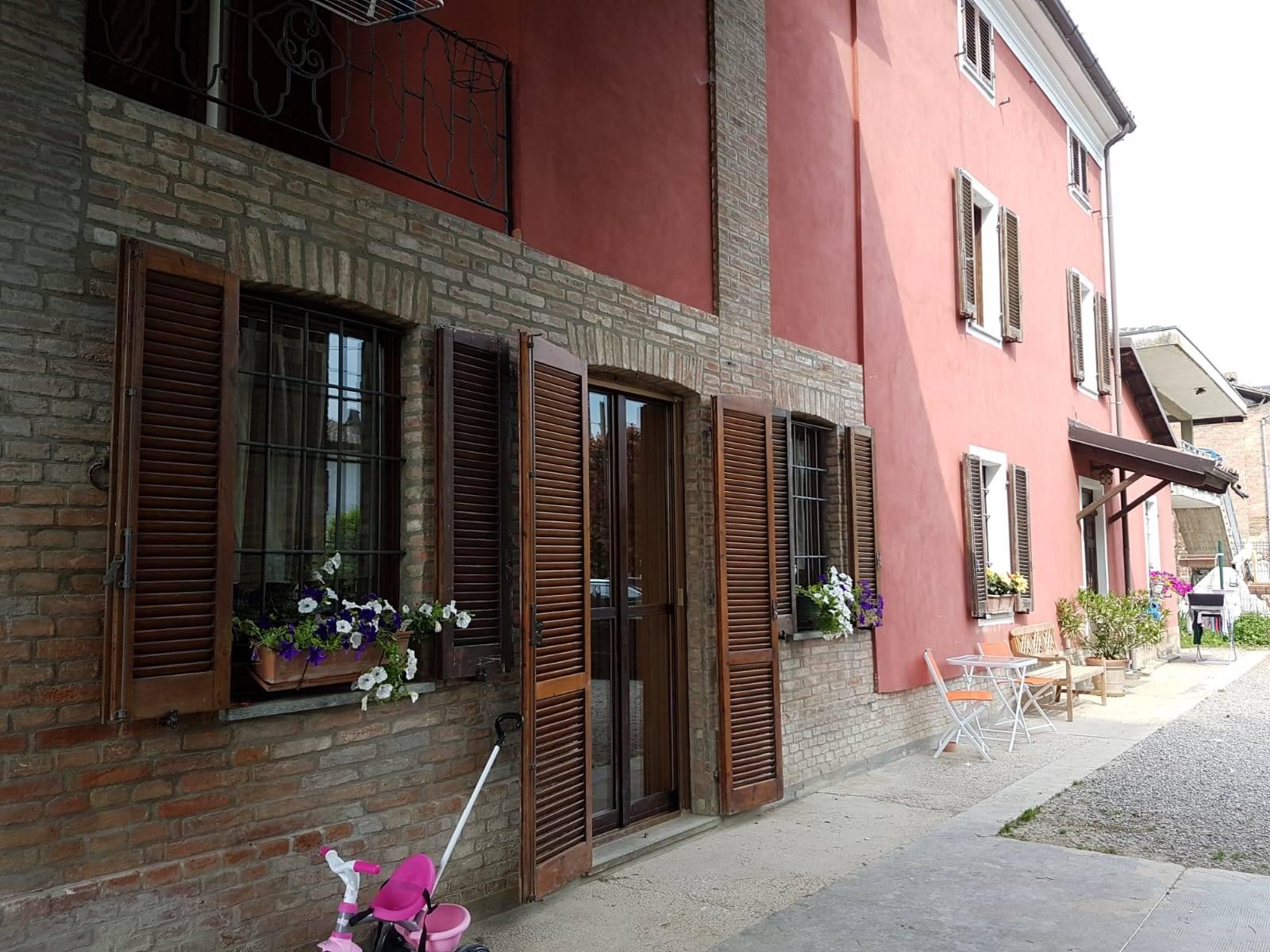 Villa in vendita a Viguzzolo, 6 locali, prezzo € 210.000 | CambioCasa.it