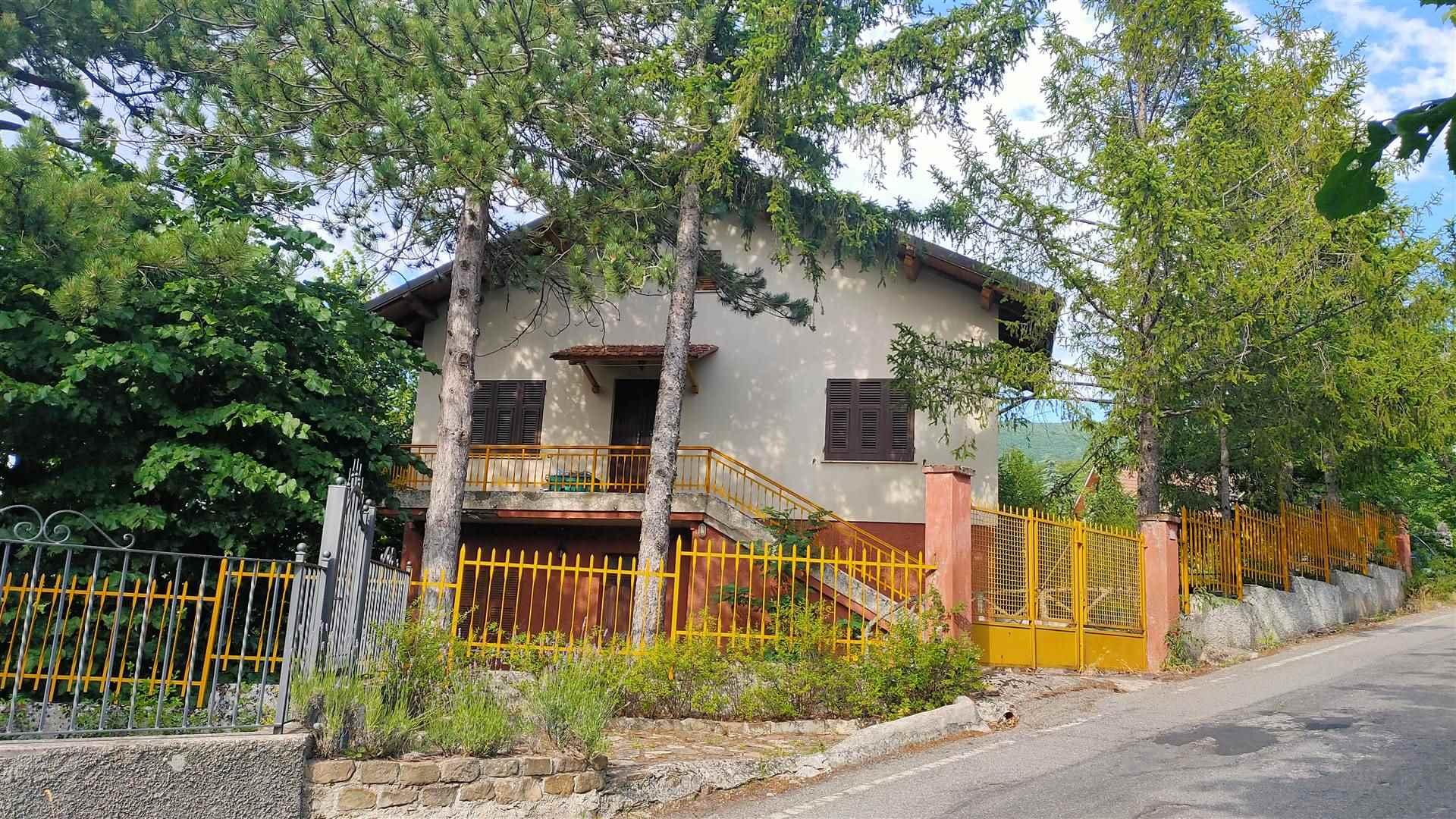 Soluzione Indipendente in vendita a Cantalupo Ligure, 7 locali, zona Zona: Pallavicino, prezzo € 99.000   CambioCasa.it