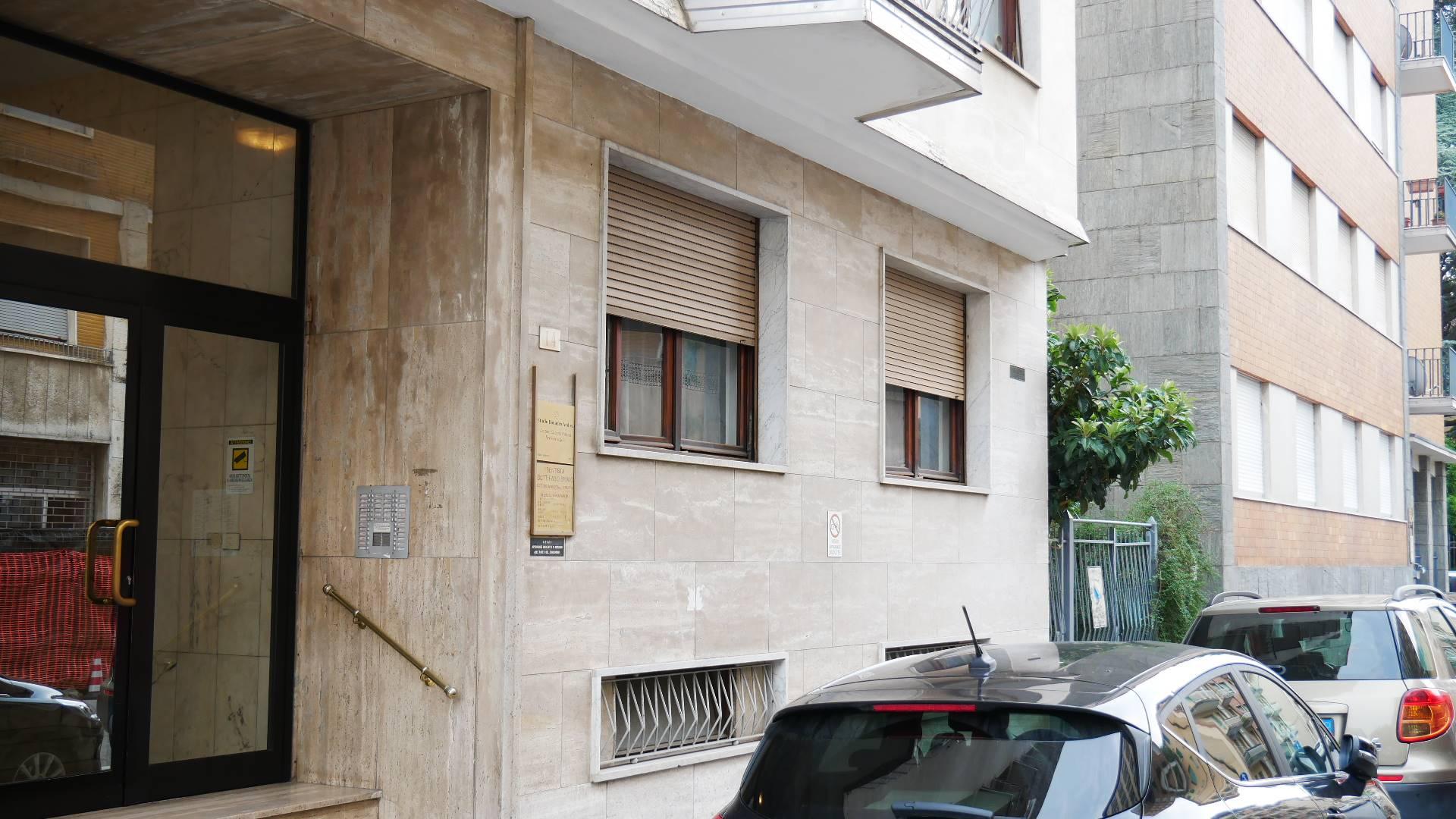 Appartamento in vendita a Novi Ligure, 4 locali, zona Località: GIARDINI, prezzo € 68.000 | PortaleAgenzieImmobiliari.it