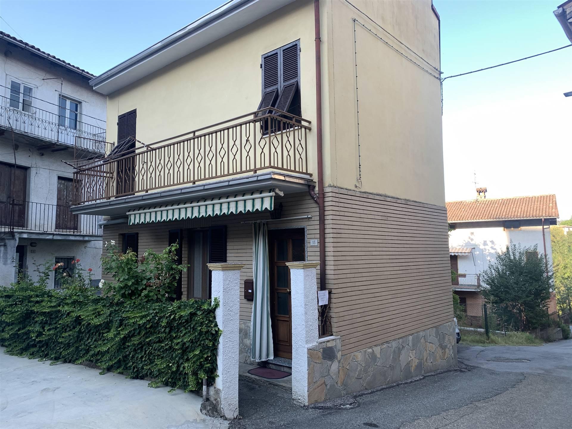 Appartamento in vendita a Tassarolo, 5 locali, prezzo € 87.000 | CambioCasa.it
