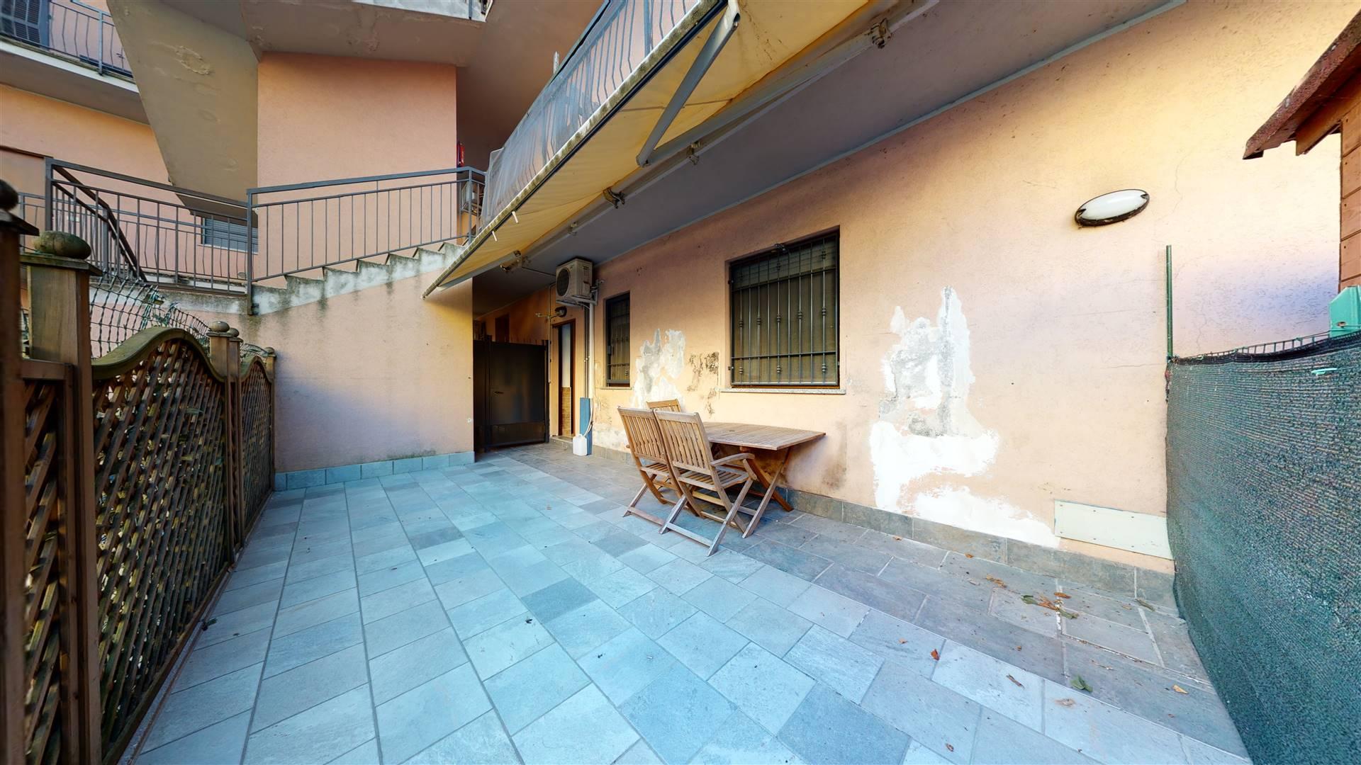CASSANO D'ADDA, Wohnung zu verkaufen von 75 Qm, Beste ausstattung, Heizung Unabhaengig, Energie-klasse: G, Epi: 192,07 kwh/m2 jahr, am boden Land auf