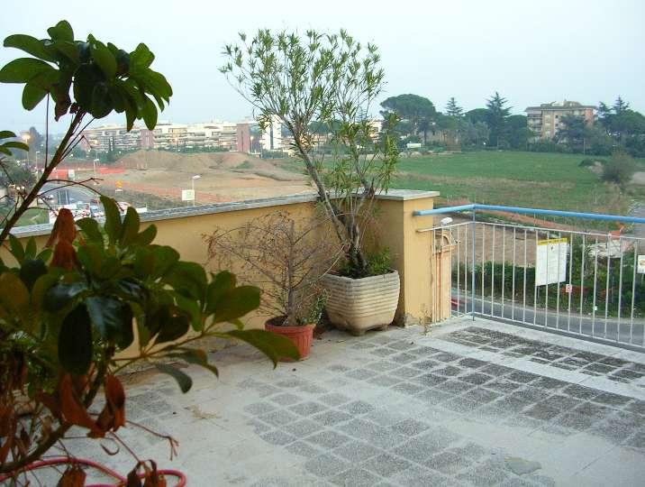 Quadrilocale in Via Jenne, Settecamini, Roma