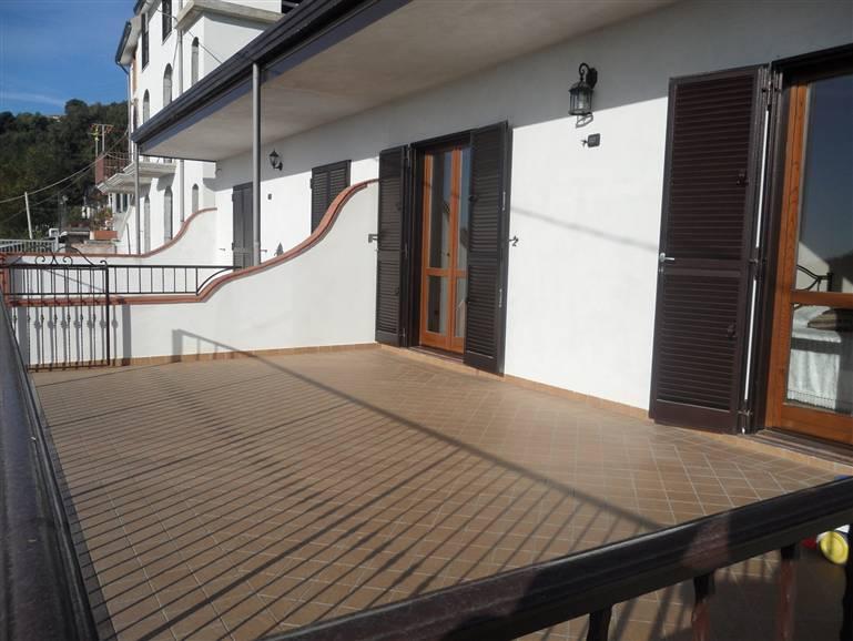 Casa semi indipendente, Carmine, Salerno, in nuova costruzione