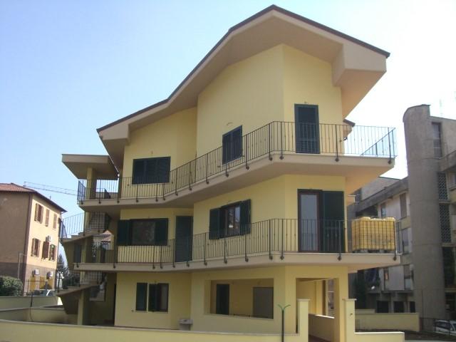 Appartamento in Viale Giorgioli, Cave