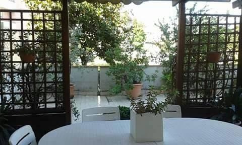 Appartamento in vendita a Follo, 4 locali, prezzo € 155.000 | CambioCasa.it