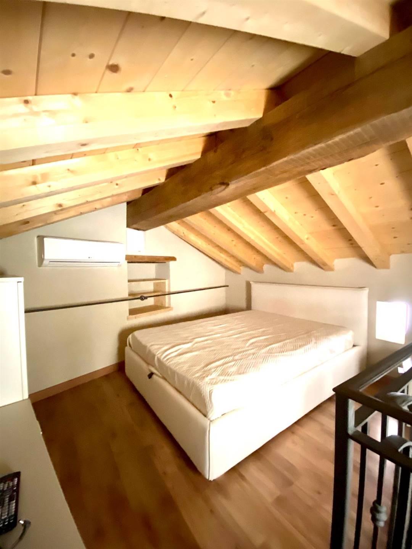 Appartamento in affitto a Castelnuovo Magra, 3 locali, prezzo € 400 | CambioCasa.it