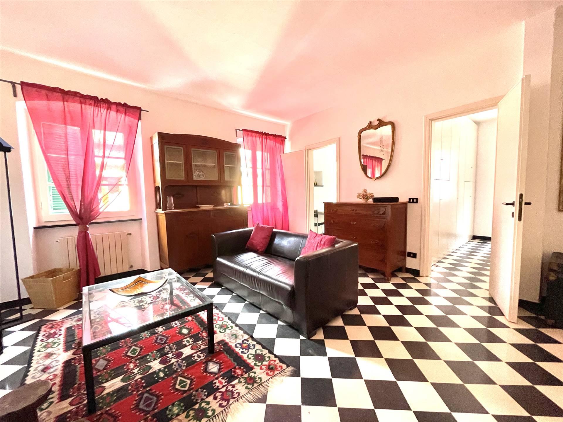 Appartamento in affitto a Sarzana, 3 locali, zona Località: CENTRO STORICO, prezzo € 560   PortaleAgenzieImmobiliari.it