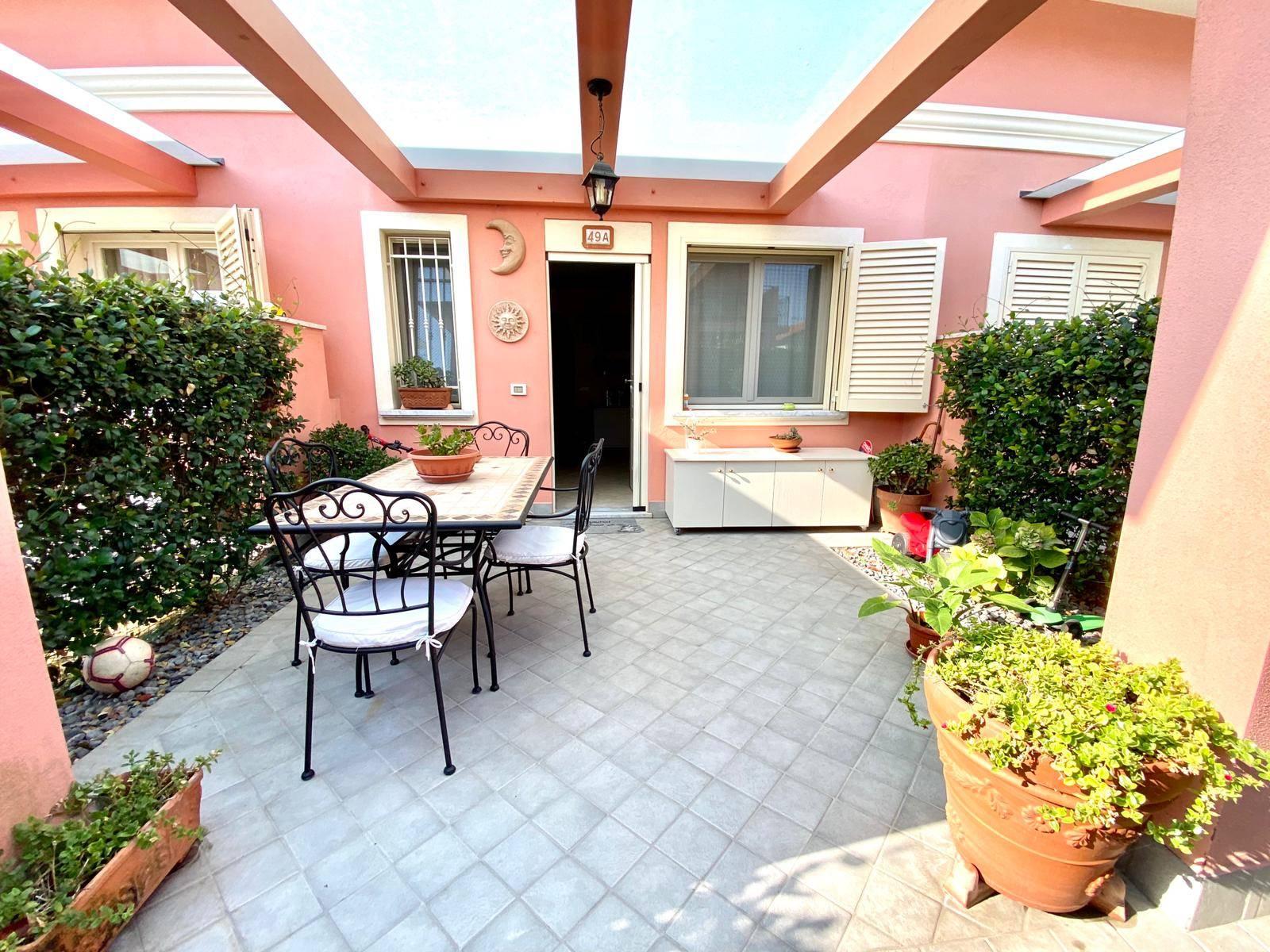 Villa a Schiera in vendita a Santo Stefano di Magra, 4 locali, zona ano Madonnetta, prezzo € 176.000 | PortaleAgenzieImmobiliari.it
