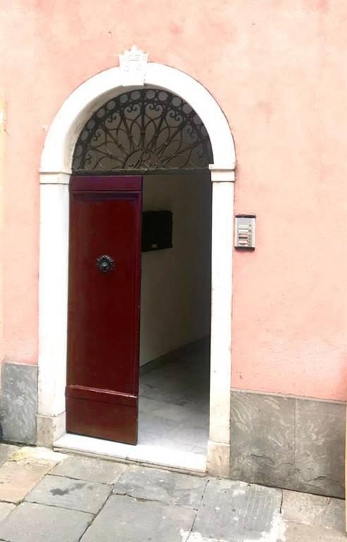 Ufficio / Studio in affitto a Sarzana, 2 locali, zona Località: CENTRO, prezzo € 600 | PortaleAgenzieImmobiliari.it