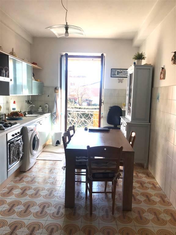 La cucina abitabile con balcone