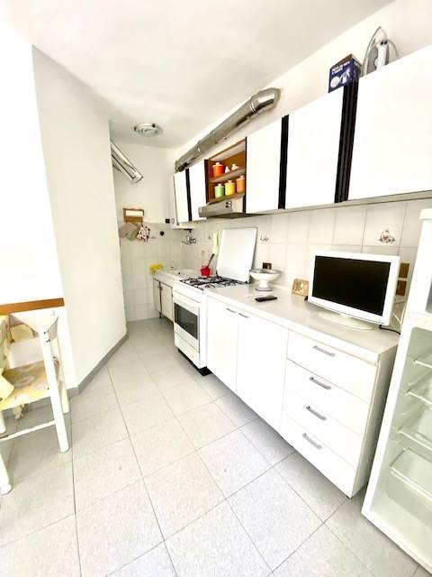angolo attrezzato per cucina