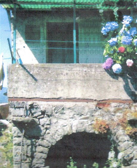 Casa semi indipendente, Pontremoli, da ristrutturare