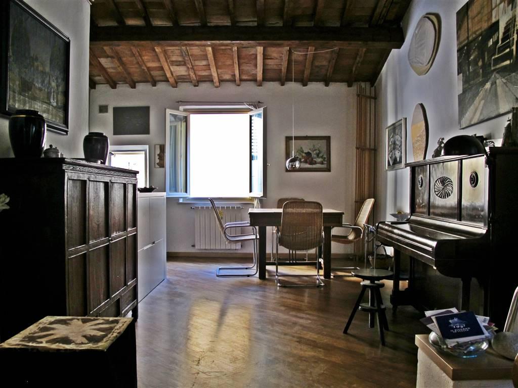 Quadrilocale in Borgo Allegri, Santa Croce, Sant' Ambrogio, Firenze