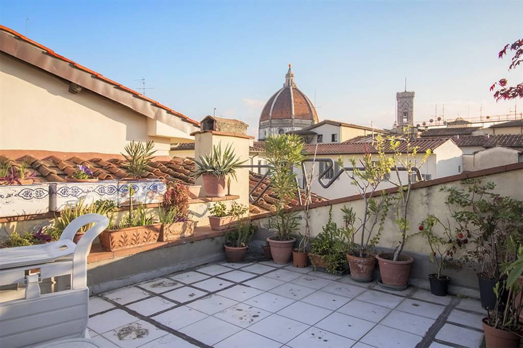 AppartamentiFirenze - Appartamento in Piazza San Lorenzo, Centro Duomo, Firenze