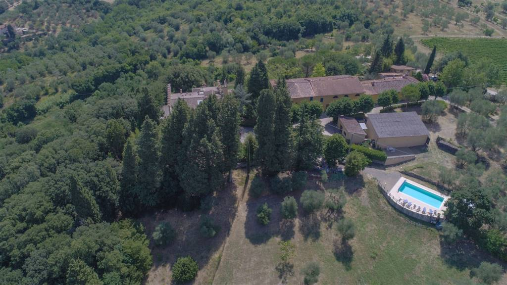 ROSANO, RIGNANO SULL'ARNO, Farm for sale of 800 Sq. mt., Excellent Condition, Energetic class: G, composed by: 1 Room, Garden Exclusive, Cellar,