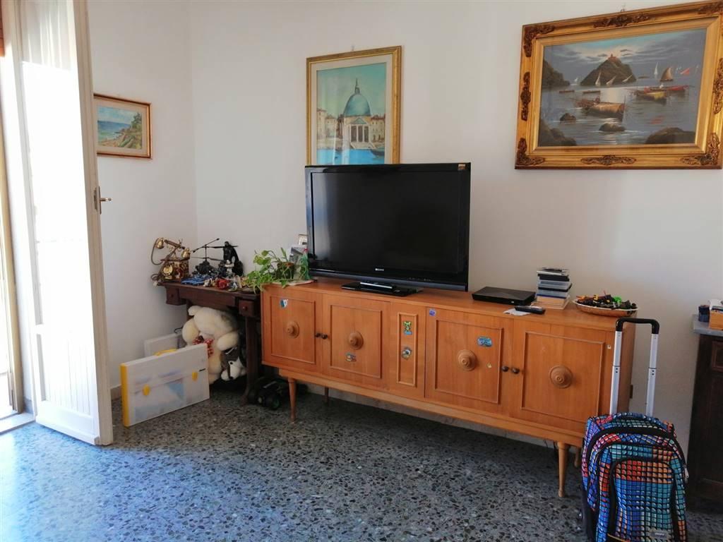 Quadrilocale in Via Valla, Mezzana, Prato