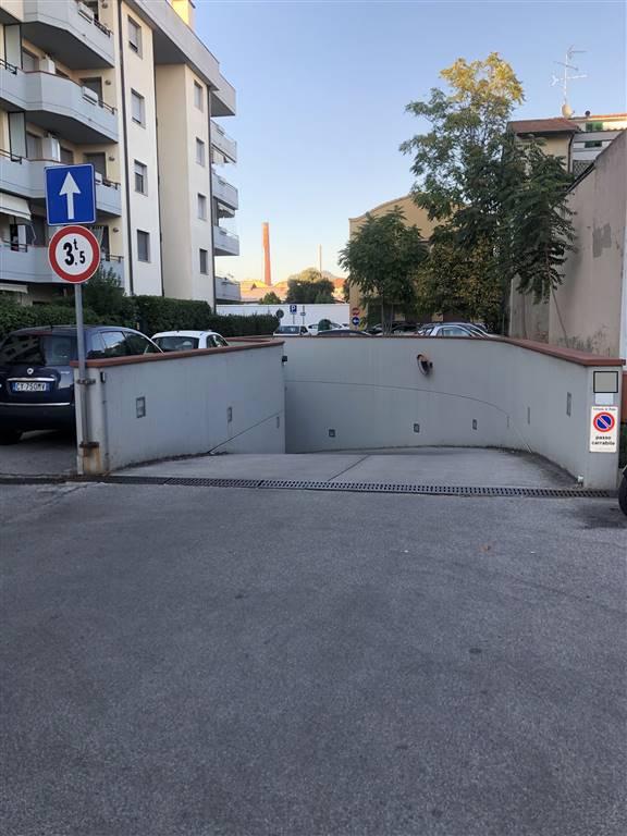 INGRESSO GARAGE