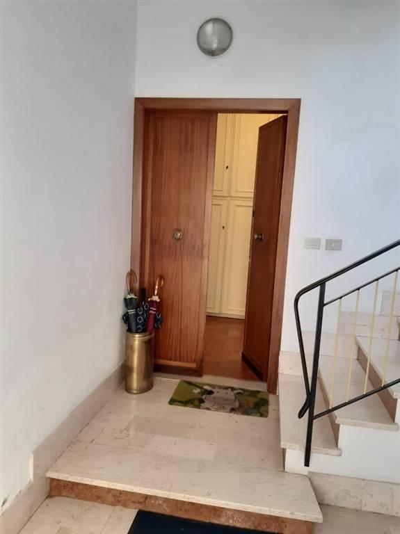 QUINTO BASSO, SESTO FIORENTINO, Appartement des vendre de 65 Mq, Habitable, Chauffage Autonome, Classe Énergétique: G, par terre Terrains, composé