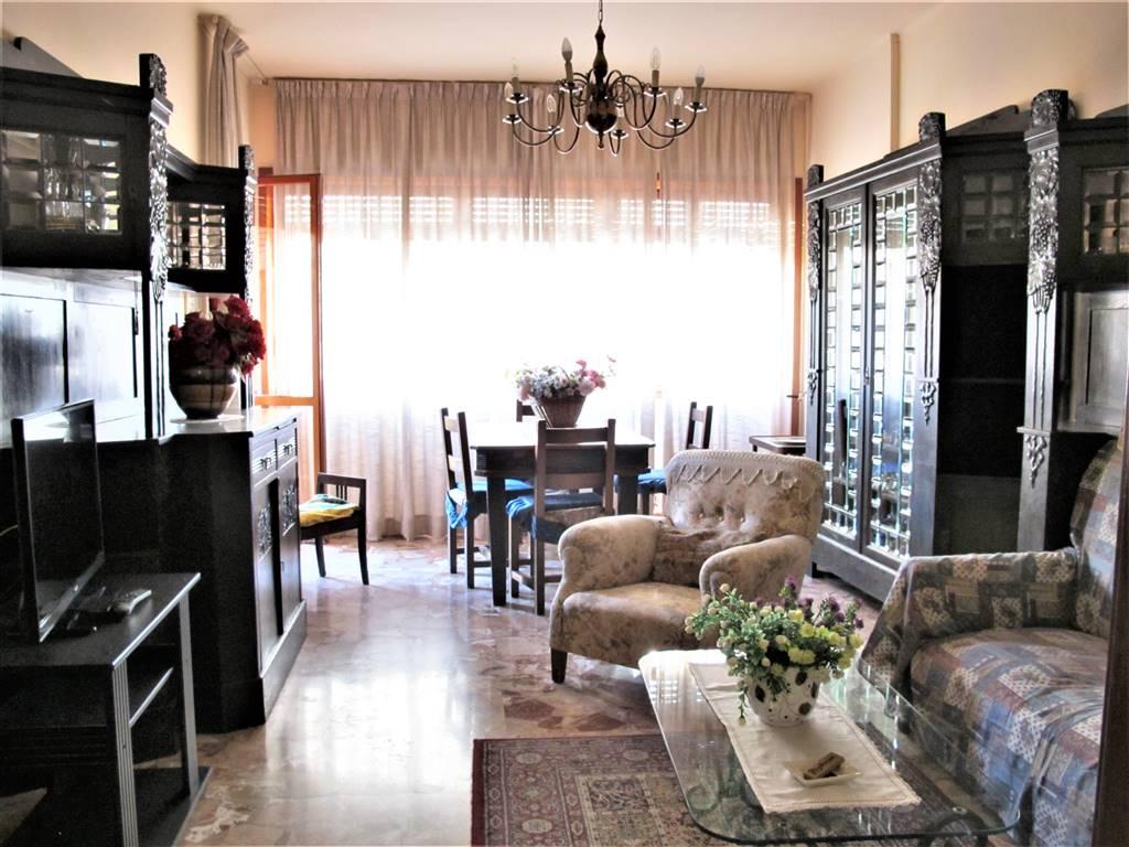 FIRENZE NOVA, FIRENZE, Appartement des vendre de 125 Mq, Habitable, Classe Énergétique: G, composé par: 5 Locals, Cuisine indépendante, , 3 Chambres,
