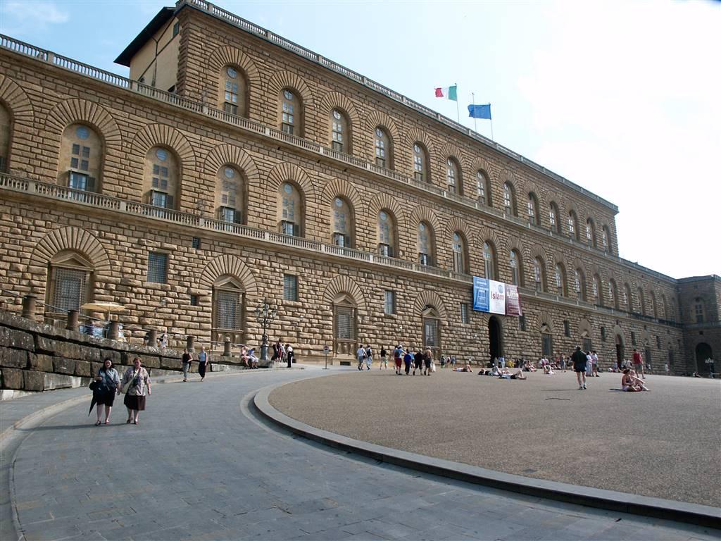Terratetto in Piazza Santo Spirito, Centro Oltrarno, Santo Spirito, San Frediano, Firenze