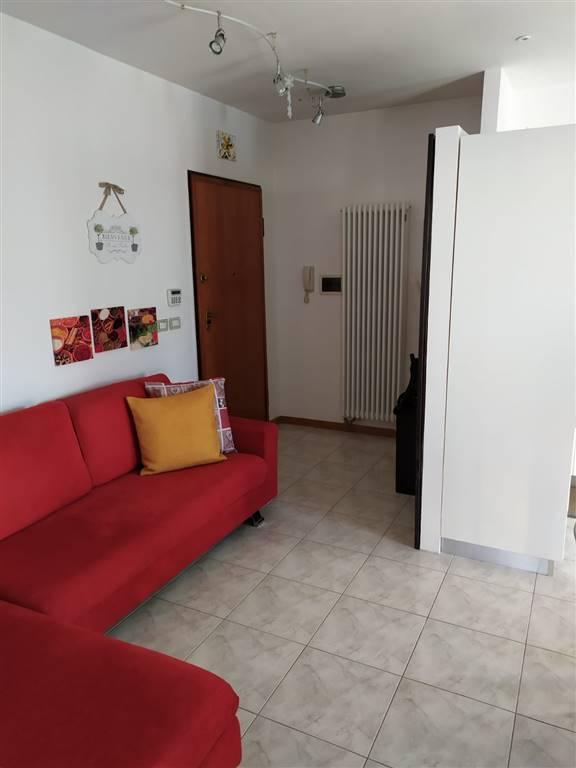 PAPERINO, PRATO, Appartement des vendre de 75 Mq, Excellentes, Chauffage Autonome, Classe Énergétique: F, par terre 1° sur 3, composé par: 3 Locals,