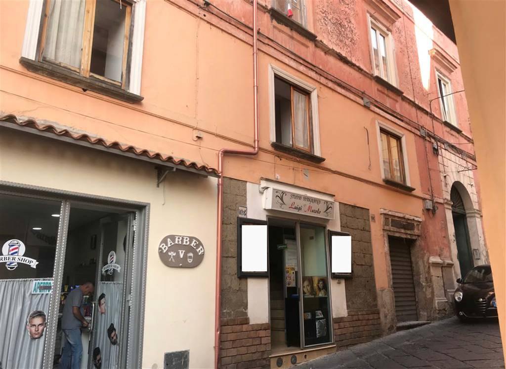 Negozio / Locale in vendita a Sessa Aurunca, 4 locali, prezzo € 65.000 | CambioCasa.it