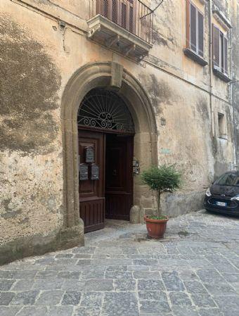 Appartamento in vendita a Sessa Aurunca, 5 locali, prezzo € 135.000 | CambioCasa.it