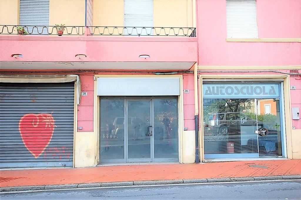 Locale commerciale, Porto Maurizio Centro, Imperia