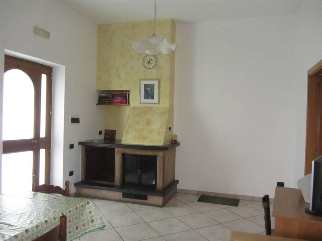 Appartamento indipendente in Via San Giuseppe Al Pennino, Cava De' Tirreni