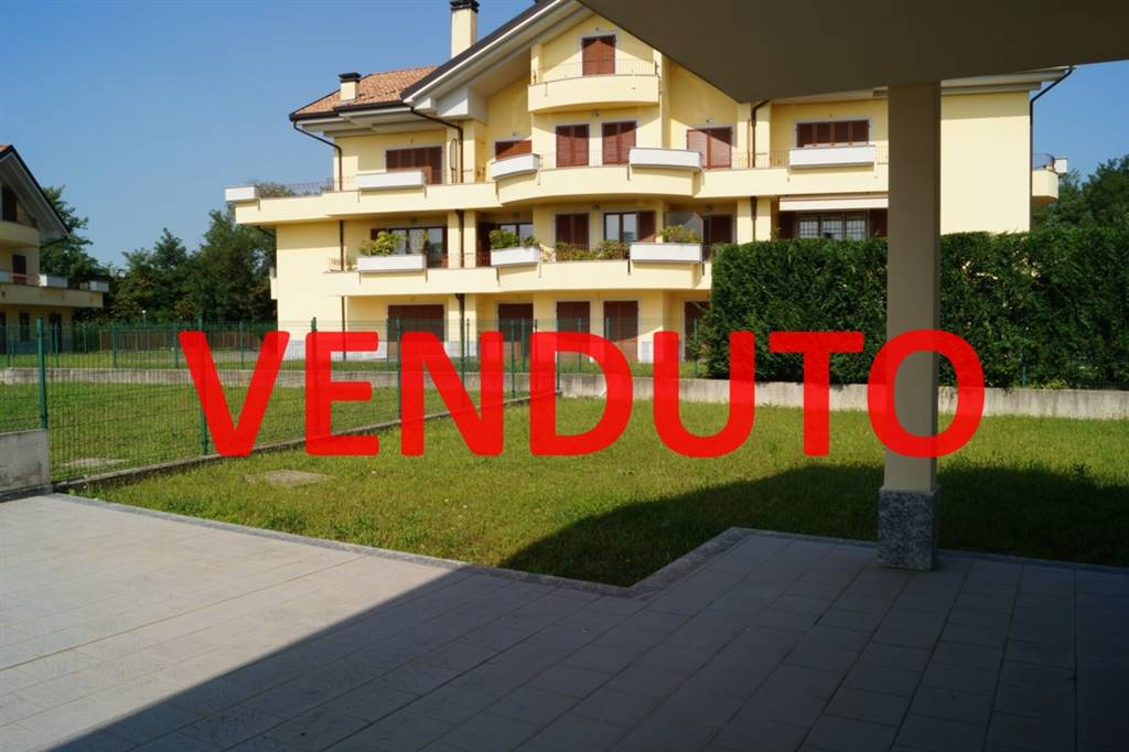 Bifamiliare in Via Monza 3, Velate, Usmate Velate