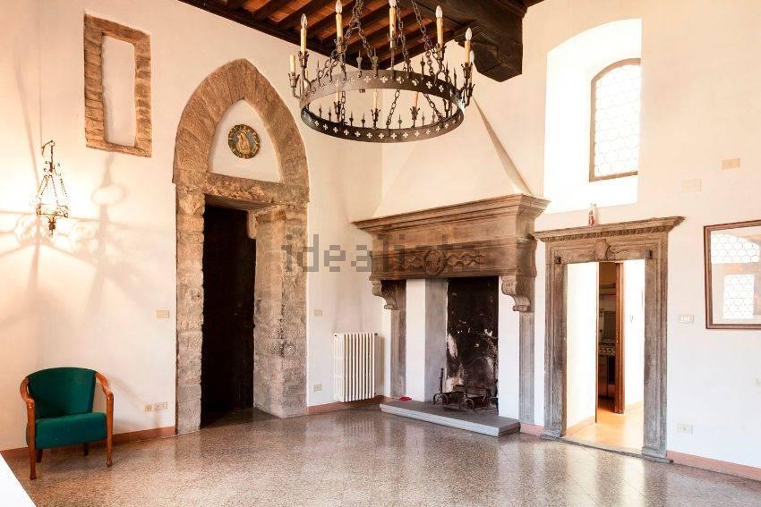 Case centro storico arezzo in vendita e in affitto for Affitto c1 roma centro
