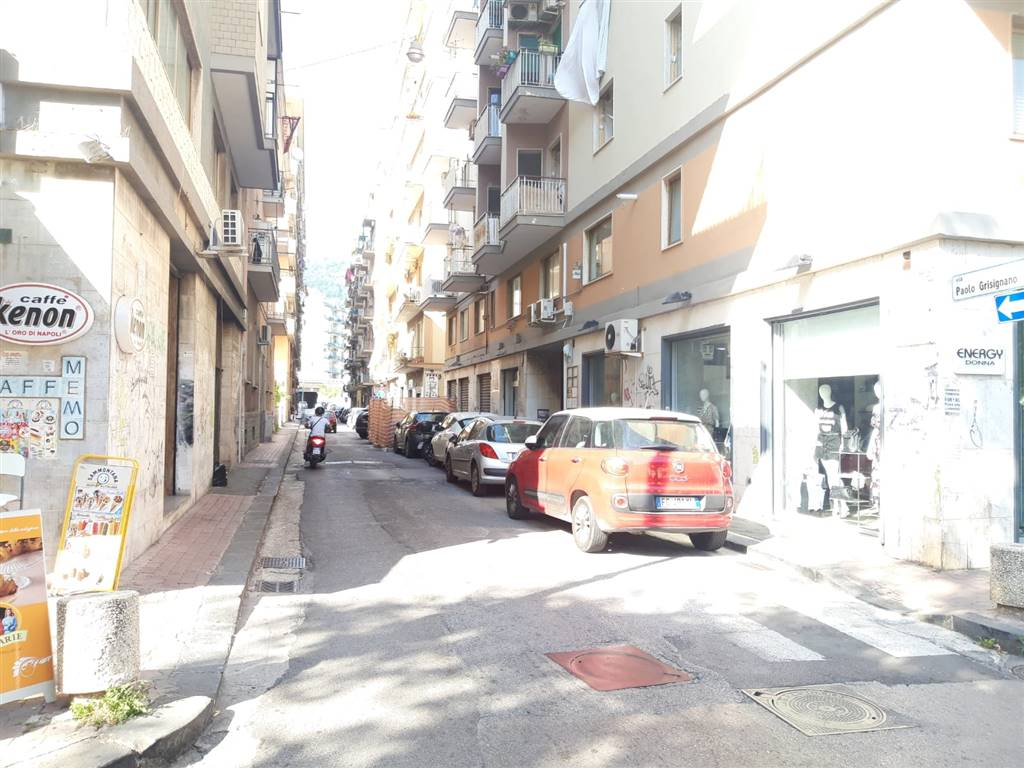 TORRIONE, SALERNO, Business unit for rent of 100 Sq. mt., Energetic class: G, composed by: , Price: € 1,100