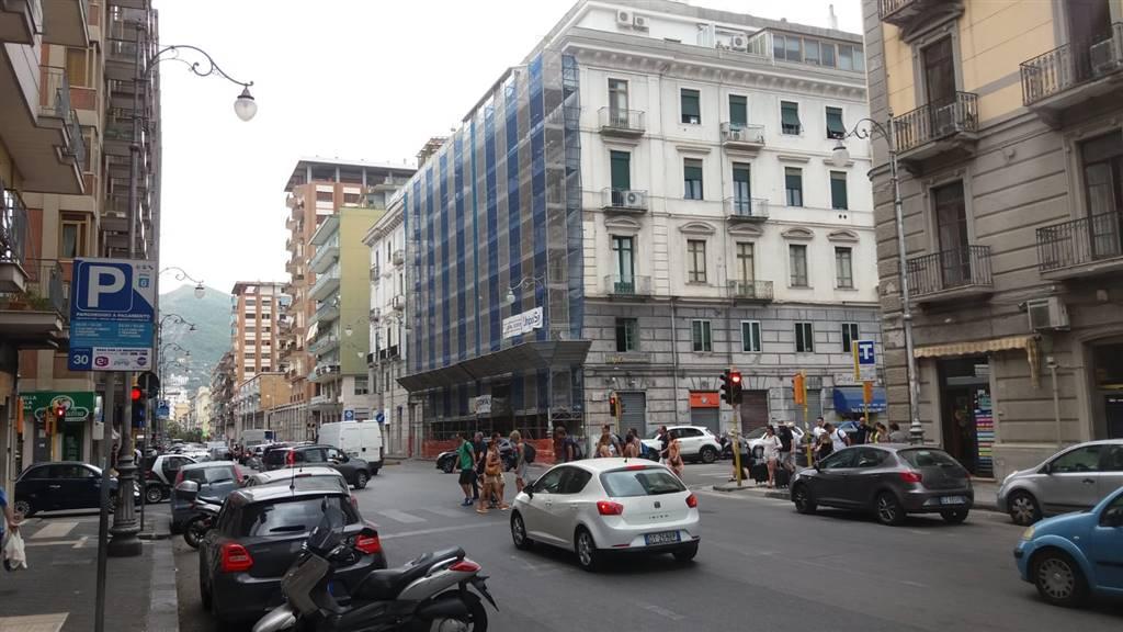 Negozio, Centro, Salerno, ristrutturato