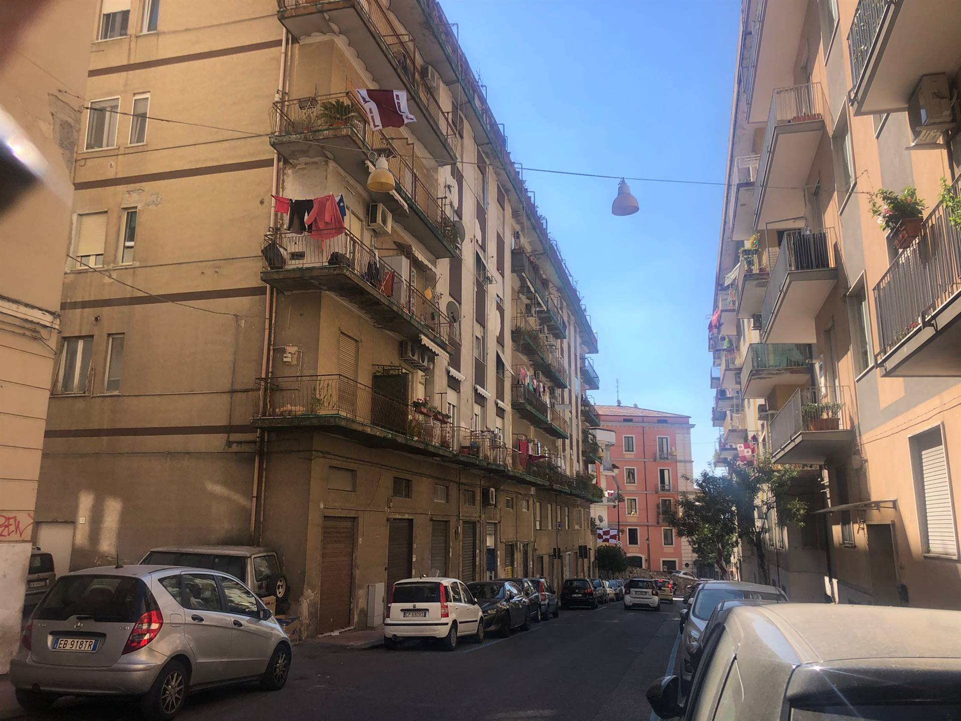 CENTRO, SALERNO, Apartment for sale of 90 Sq. mt., Be restored, Heating Individual heating system, Energetic class: G, placed at 2° on 6, composed